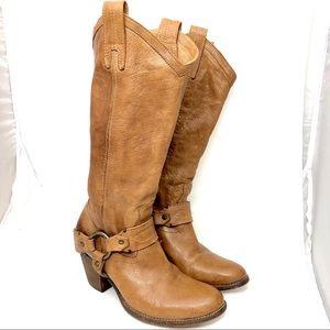 FRYE Women's Taylor Harness boot size 6B
